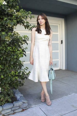 sky blue shoulder bag kate spade bag - off white Alyssa Nicole dress