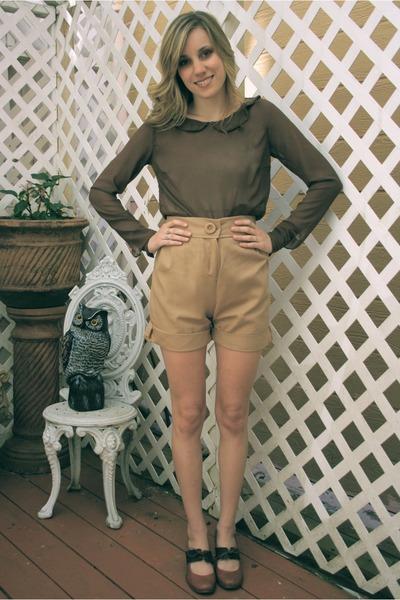 camel khaki Alyssa Nicole shorts - brown mary anne Alyssa Nicole blouse