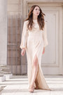 Neutral-bell-sleeves-alyssa-nicole-dress-tan-heels-freda-salvador-heels