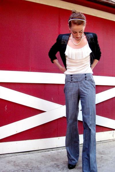 white Tiffany & Co necklace - black Aldo shoes - blue Forever 21 jeans