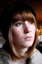 Amanda redhead