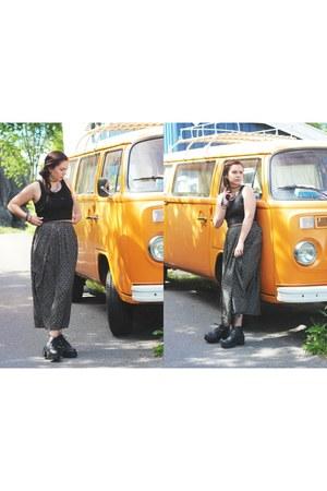 maxi second hand skirt - cropped Bik Bok top