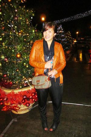 thrifted vintage bag - thrifted heels - H&M scarf - thrifted jacket - sm dept st