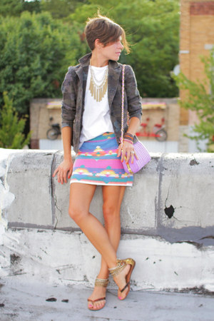 vintage skirt - camo blazer - light purple bag - white t-shirt