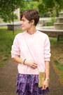 Light-pink-vintage-sweater-black-call-it-spring-shoes-violet-gap-dress