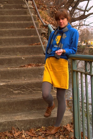 thrifted sweater - yellow thrifted skirt - heather gray Urban Outfitters tights