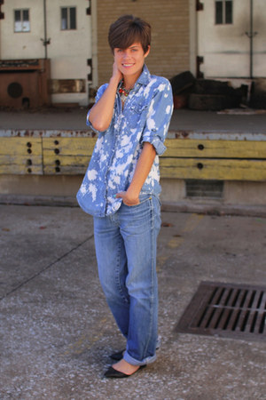 light blue blouse - sky blue jordache jeans - black flats