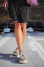 Heather-gray-converse-sneakers-black-polka-dot-dress-light-purple-bag