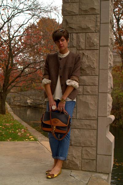 vintage Dooney and Bourke bag - Gap jeans - brown tweed vintage blazer