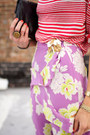 Violet-floral-banana-republic-skirt-black-bag-neutral-heels