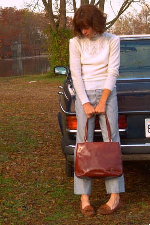 vintage sweater - vintage jeans