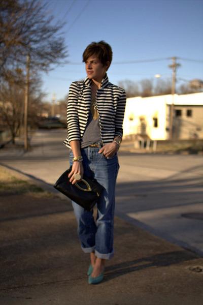 black vintage bag - jordache jeans - olsenboye blazer