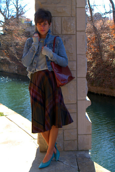 plaid vintage skirt - Levis jacket - light blue Urban Outfitters shirt