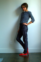 ruby red vintage sneakers - black striped shirt - dark gray melange pants