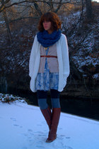 vintage boots - Urban Outfitters dress - white vintage sweater - yarn over movem