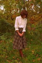 vintage blouse - vintage boots - vintage skirt