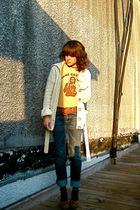 vintage cardigan - thrifted t-shirt - Seven For All Mankind jeans - vintage shoe