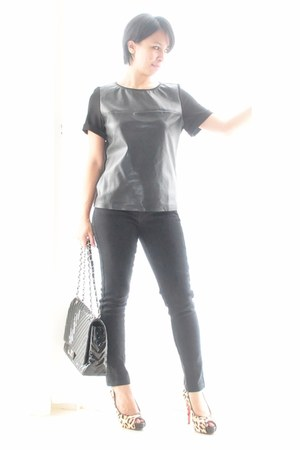 faux leather Zara blouse - black skinny cotton on jeans - chevron Chanel bag