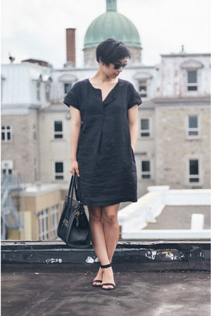black Muji dress - black Zara sandals