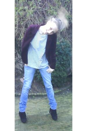 Zara blazer - Hema shirt - Zara jeans - Sacha boots