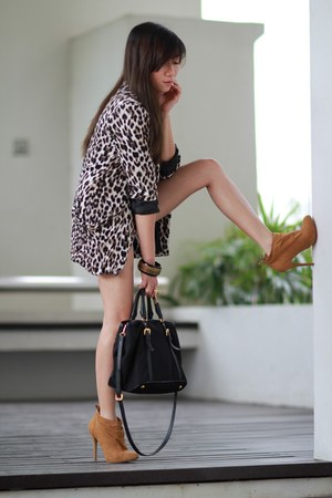 leopard cotton on blazer - caramel gamuza Bershka boots