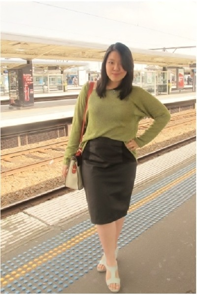 Green Leather Look Skirt - Dress Ala