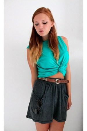 turquoise blue shirt - Vans sunglasses