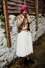 Gold-h-m-sweater-black-lita-bullboxer-boots-ivory-tulle-h-m-skirt