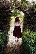 black midi vintage skirt - tawny Gap belt - off white vintage blouse