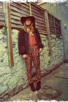 tawny printed Zara pants - black lita bullboxer boots