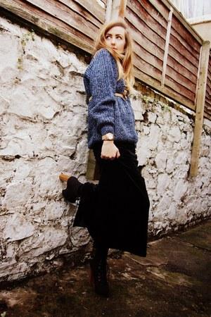 black velvet maxi vintage skirt - black lita bullboxer boots