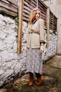 Tawny-elite-boots-dark-khaki-vintage-dress-tawny-hobbs-jacket