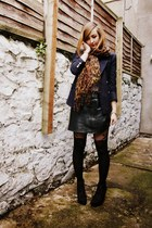 black leather vintage skirt - black bullboxer boots - navy vintage blazer
