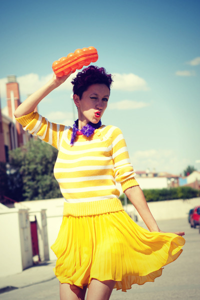 yellow thrifted skirt - blue agatha ruiz de la prada wedges