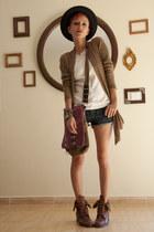 magenta wakami bag - dark brown vintage boots - white thrifted blouse