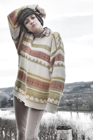 tan vintage sweater