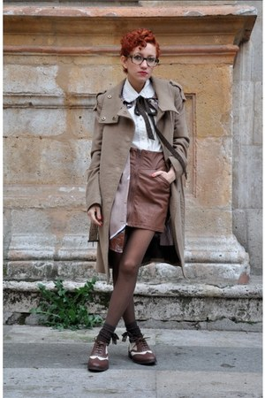 dark brown oxfords BLANCO shoes - camel Mango coat - ivory vintage blouse - dark