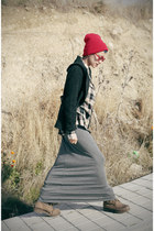red Now I Style hat - red giant vintage sunglasses - silver romwe skirt