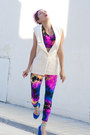 Blue-we-love-colors-leggings-hot-pink-we-love-colors-bra