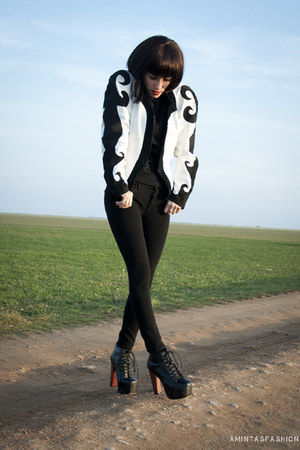 white leather vintage jacket - black Shoes boots - black pull&bear pants