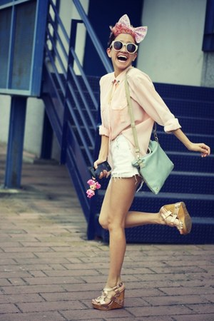 collar OASAP accessories - vintage shirt - vintage shorts - cinderella wedges