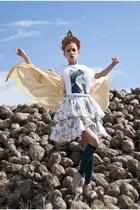 pink amintaonline boots - sky blue floral print vintage dress