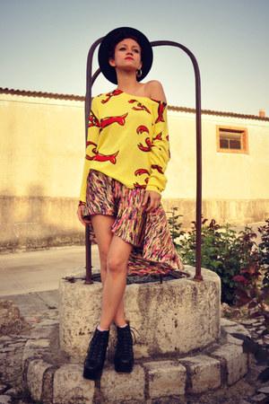 Sheinside blouse - Estela Balan skirt