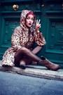 Beige-cinderella-boots-brown-romwe-coat