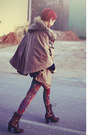 Dark-brown-vogue-boots-hot-pink-daddyz-leggings-tan-now-i-style-cape