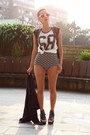 Black-amelie-shoes-black-boodwah-shorts-white-shana-t-shirt