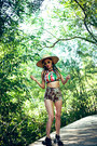 Black-asos-boots-dark-brown-leopard-print-boodwah-shorts