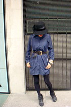 blue Area Code dress - black La casa del sombrero hat - black Tommy H shoes - go