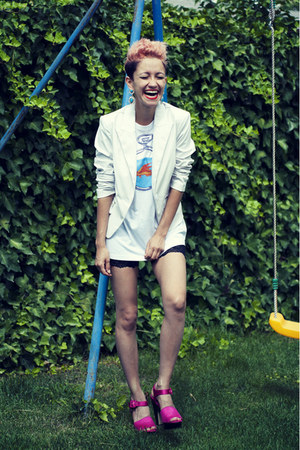 hot pink asos shoes - black chicnova shorts - aquamarine UrbanKaos t-shirt