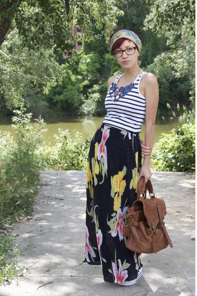 tawny BLANCO bag - black thrifted skirt - white Pimpkie blouse - navy DIY neckla